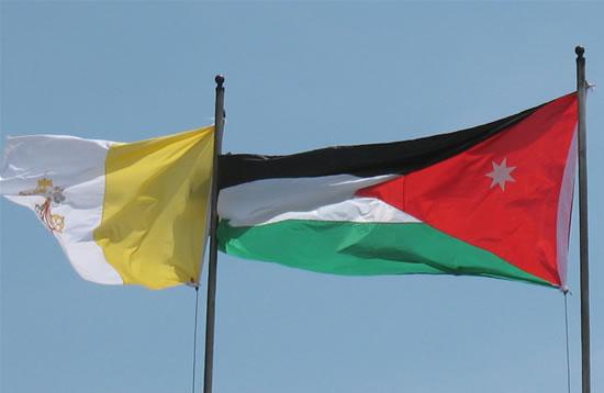 Il congedo di Benedetto XVI dalla Giordania