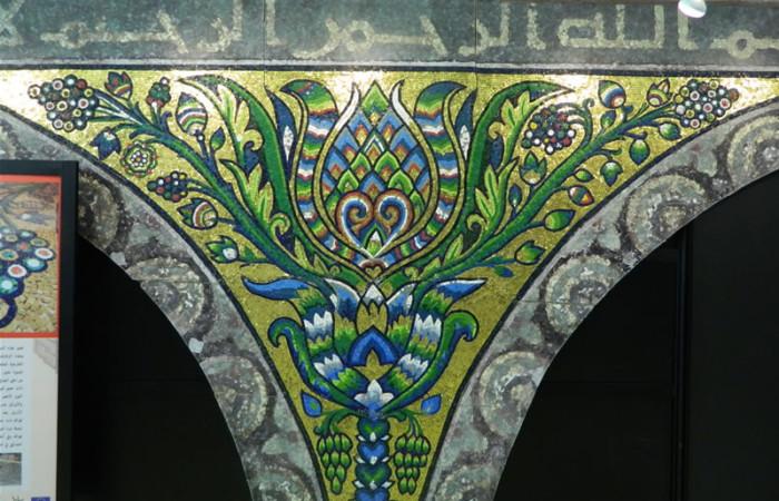La mostra dei mosaici di Terra Santa inaugura un nuovo spazio espositivo nella sede del Consiglio regionale lombardo.