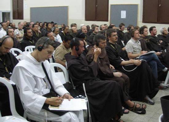 I frati a Nazareth durante i lavori assembleari.