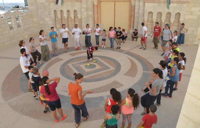 Attività di animazione e gioco per i bambini... (foto M. Tardini)