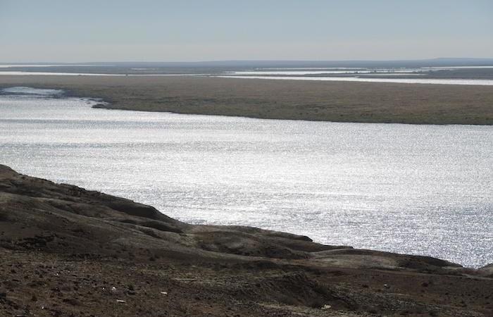 Il fiume Amu Darya. I sovietici ne sfruttarono le acque per irrigare i campi di cotone. Il lago d'Aral restò all'asciutto. (foto G. Sandionigi)