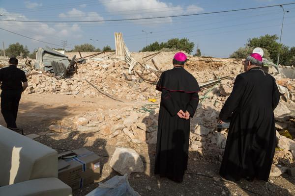 Il patriarca Twal condanna la demolizione di un immobile del patriarcato latino
