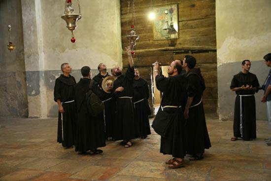 8 luglio. Nella basilica della Natività, a Betlemme.