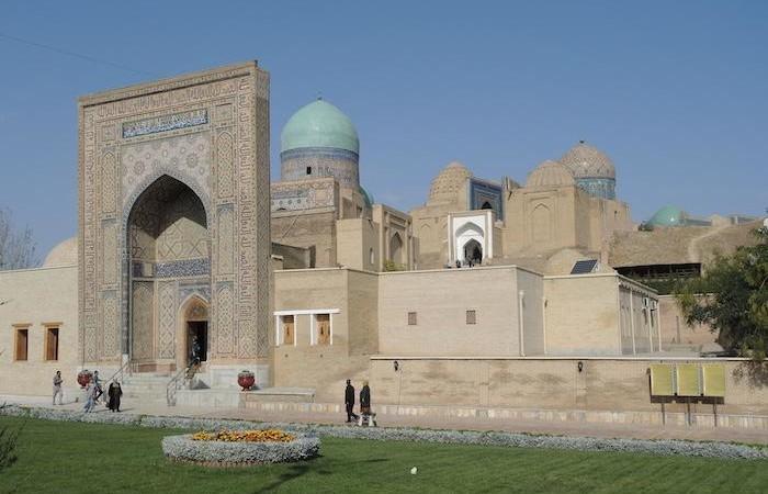 La monumentale necropoli di Sha-i-zinda a Samarcanda, voluta dall'emiro Timur (Tamerlano). (foto G. Sandionigi)