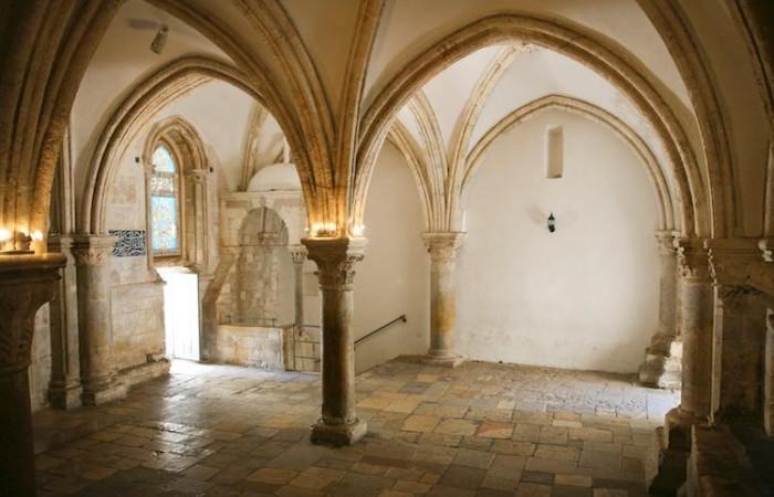 La sala superiore del Cenacolo sul monte Sion è considerata il luogo dell'Ultima Cena e della Pentecoste (foto Mauro Gottardo/CTS)