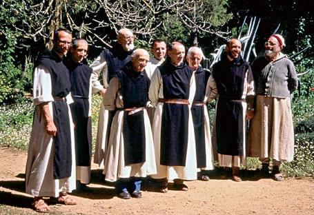 Una delle ultime foto di gruppo dei monaci trappisti di Tibhirine.