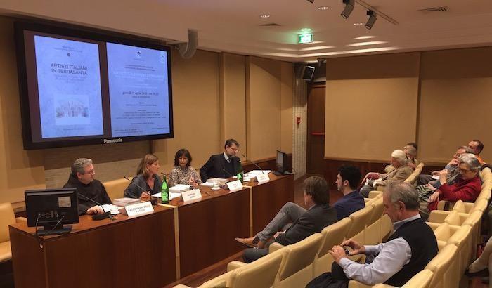 Barbara Jatta, responsabile dei Musei Vaticani, introduce i lavori.