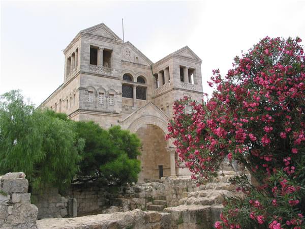 ... Il santuario della Trasfigurazione, sul Monte Tabor...
