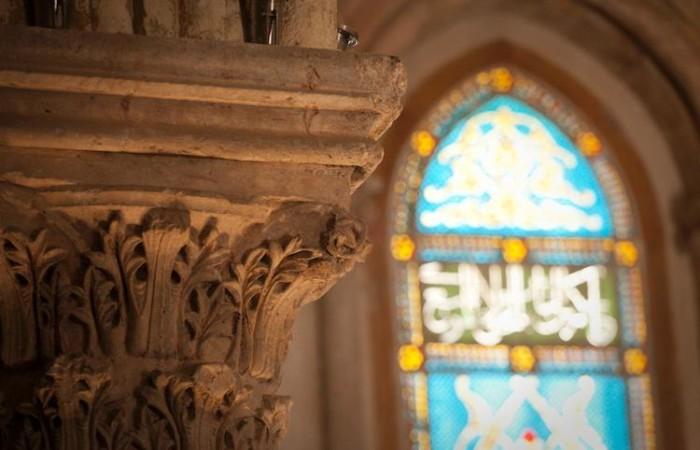 Il dettaglio di un capitello nella sala del Cenacolo (foto Marie-Armelle Beaulieu/CTS)