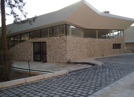 L'esterno della cappella che sorge nel recinto del Memoriale di San Paolo, proprietà della Custodia di Terra Santa.