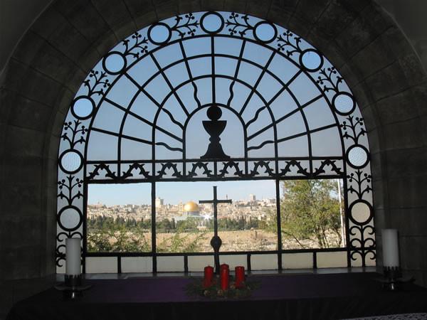 ... La più classica delle vedute di Gerusalemme vecchia, dalla finestra del Dominus Flevit.