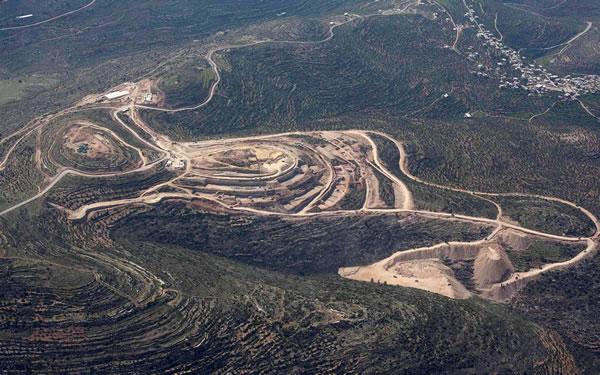 Una veduta aerea, risalente al 2011, del cantiere di Rawabi da poco aperto. (foto Mate Binyamin/Flash90)