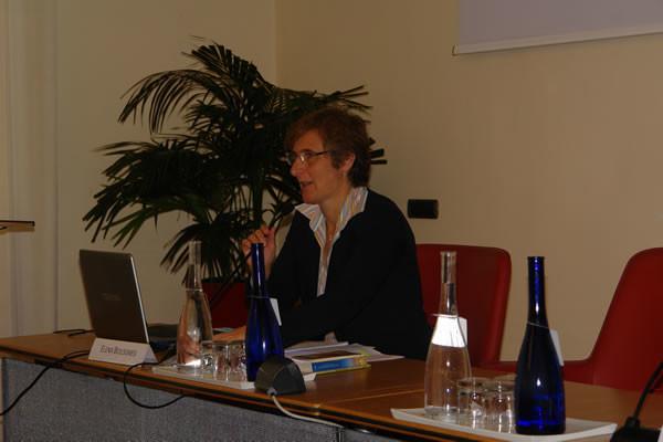 ... seguita dall'intervento di Elena Bolognesi.