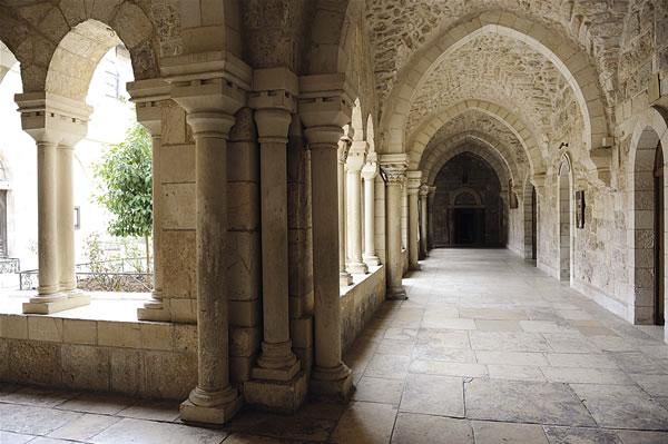 Uno scorcio del Chiostro di San Girolamo. (foto P. Cagna)