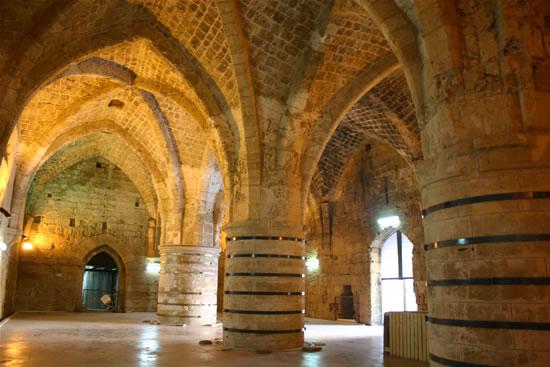 L'antico refettorio crociato. (foto S. Lee)