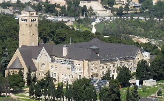 Quegli ospedali quasi irraggiungibili di Gerusalemme Est