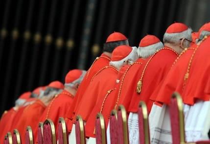 «In vista del Conclave adotta un cardinale!»