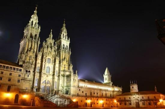 Santiago de Compostela si prepara al 2010
