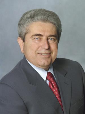 Profilo. Il presidente Demetris Christofias