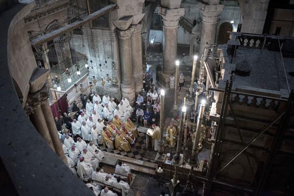 L'ultimo atto liturgico dell'assemblea Ccee in Terra Santa. La mattina del 16 settembre, Messa al Santo Sepolcro. (foto CMC/Nizar Halloun)