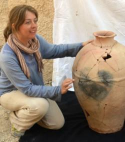 «Propaganda e distruzione della memoria»: le violenze dell'Isis viste da un'archeologa
