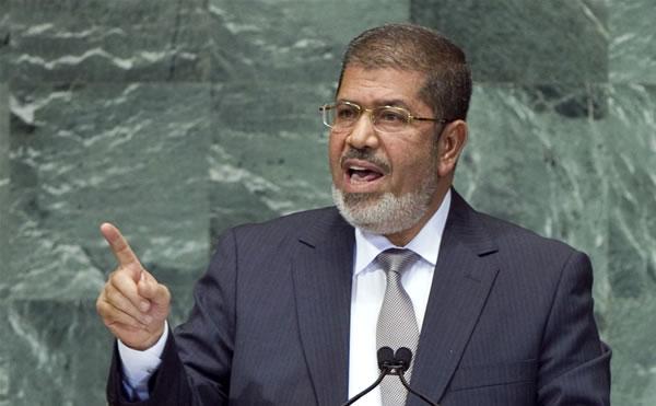 In Egitto prova di forza dei sostenitori del presidente Morsi