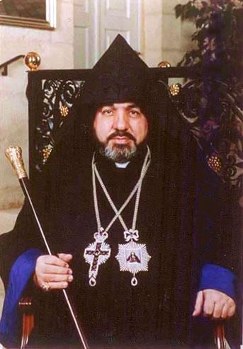A Gerusalemme un altro Manoughian è patriarca degli armeni