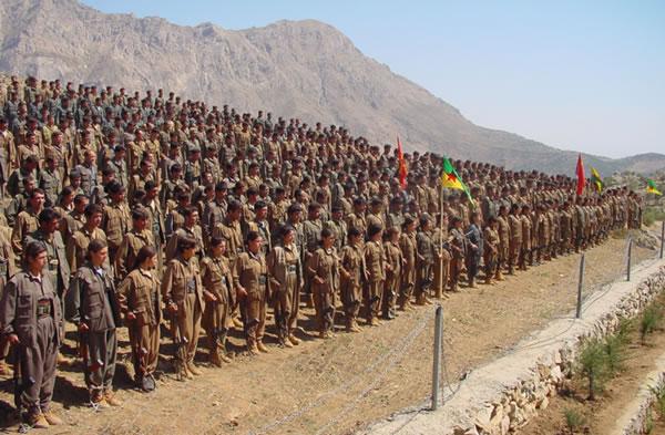I ribelli curdi in Turchia ripiegano verso il Kurdistan iracheno