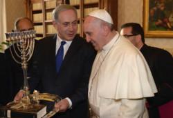 Papa Francesco e il premier israeliano Netanyahu a colloquio in Vaticano