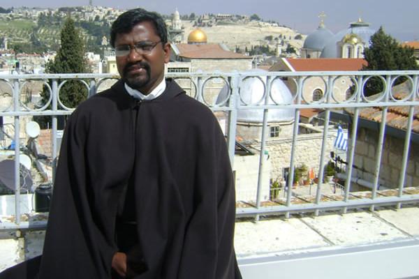 Fra Jayaseellan Pitchaimuthu (39 anni) è il cappellano della comunità cattolica indiana in Israele. (2/2)