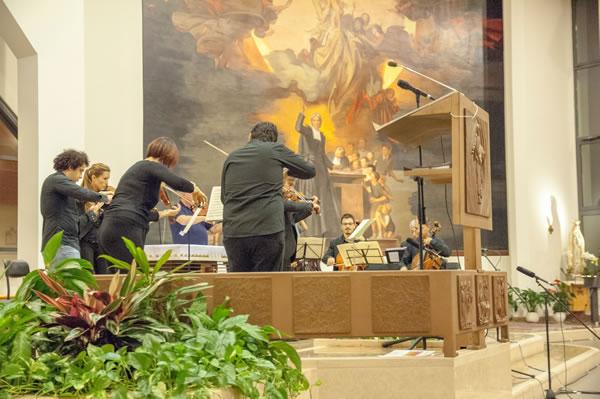 Un altro momento del ciclo di concerti per i cristiani della Terra Santa...