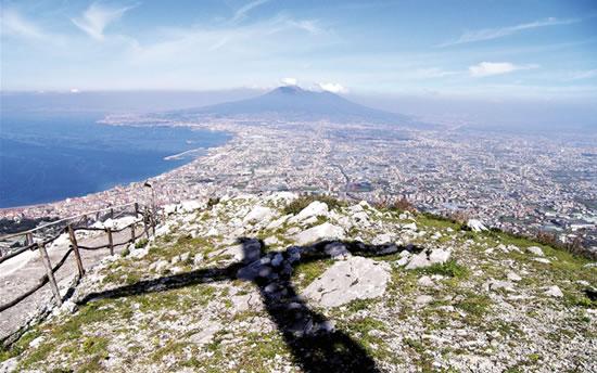 Dal Vesuvio al Monte Sion