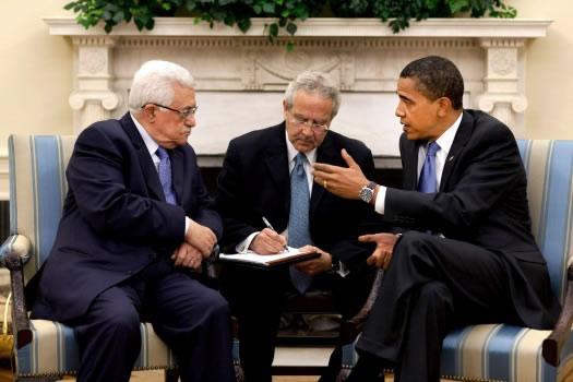Obama e Abu Mazen: rispettare la<i> road map</i>