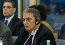 Moussa: gli arabi pronti alla pace, con precise garanzie