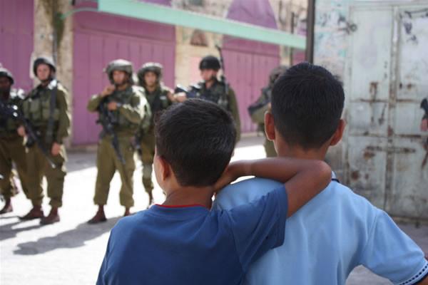 Giudici israeliani con le stellette anche per i minori palestinesi