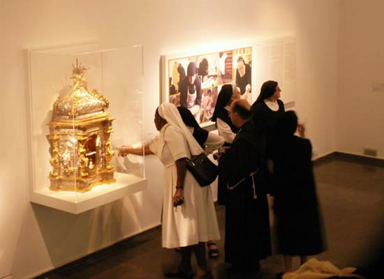 Il tabernacolo esposto nelle sale della mostra.