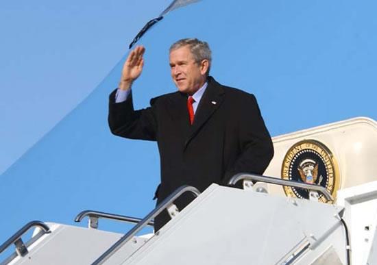 Il <i>last minute</i> di Bush