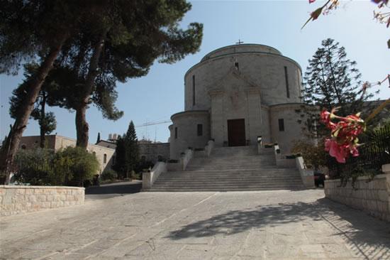 La facciata della chiesa del Rosario, che conserva le spoglie di madre Maria Alfonsina.