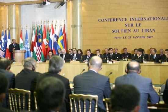 Libano, buone notizie da Parigi per il governo Siniora