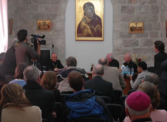 I vescovi nordamericani ed europei per la Terra Santa