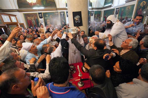 Morto Shenuda, i pellegrini egiziani copti volano in Israele