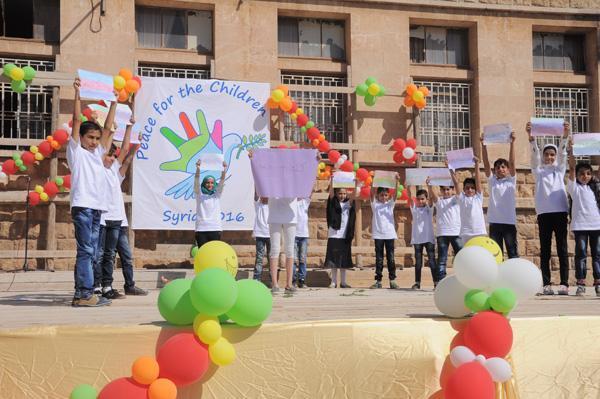 I Frati Minori: Preghiamo coi bambini per la pace in Siria!