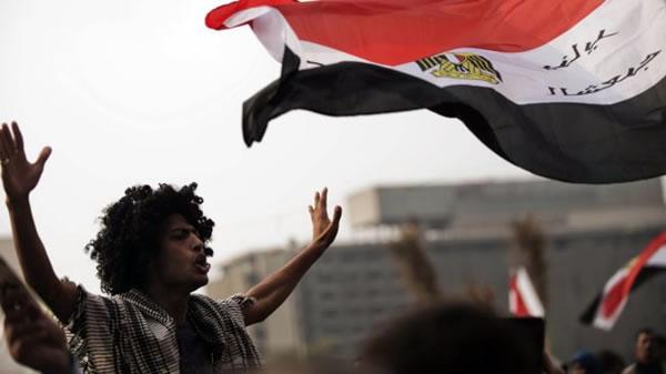 La svolta autoritaria del presidente Morsi scuote l'Egitto