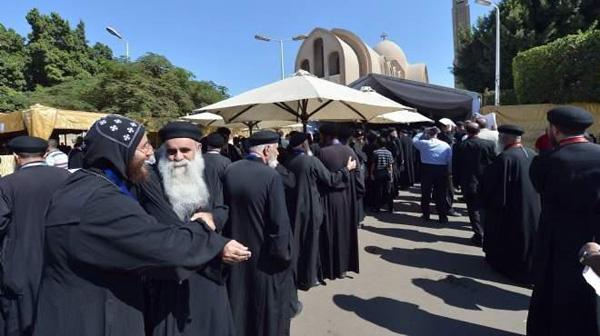 A giorni la successione al papa copto Shenuda III. I tre candidati