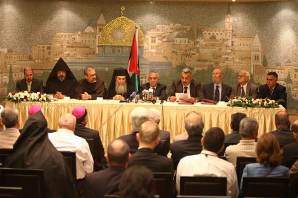 A Betlemme firmato l'accordo per il restauro del tetto della Natività