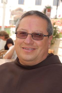 """Fra Bustos: «Questo """"Papa dell'incontro"""" è anche esigente e prudente»"""