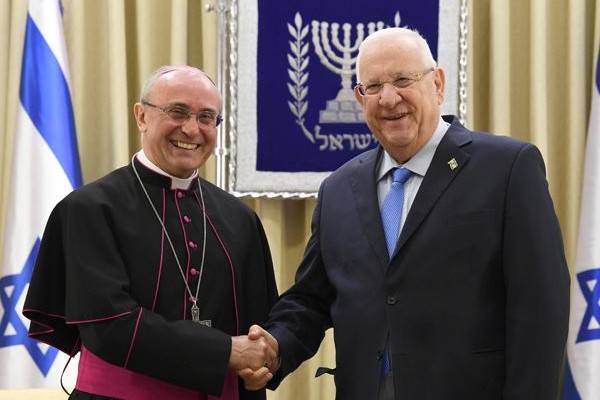 Il presidente di Israele ha ricevuto il nunzio Girelli