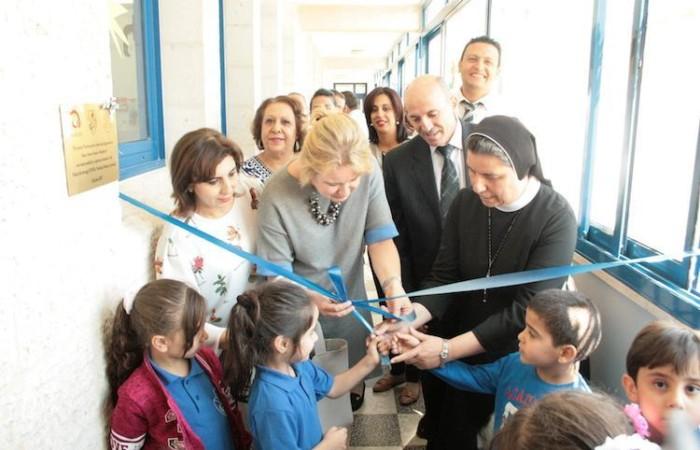 Inaugurazione di spazio di gioco di una scuola di Betlemme, realizzato con l'aiuto di Polish Aid (foto Pmp)