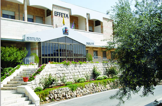 L'ingresso dell'Istituto Effatà Paolo VI a Betlemme.