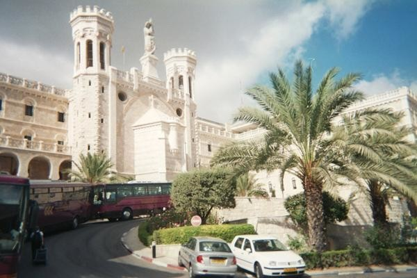 Il sindaco di Gerusalemme vuole le tasse dalle Chiese